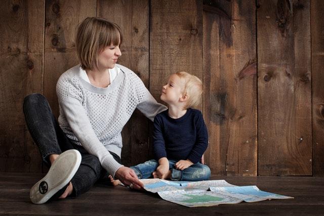 Une maman et son fils, avec de l'air visiblement bien purifié