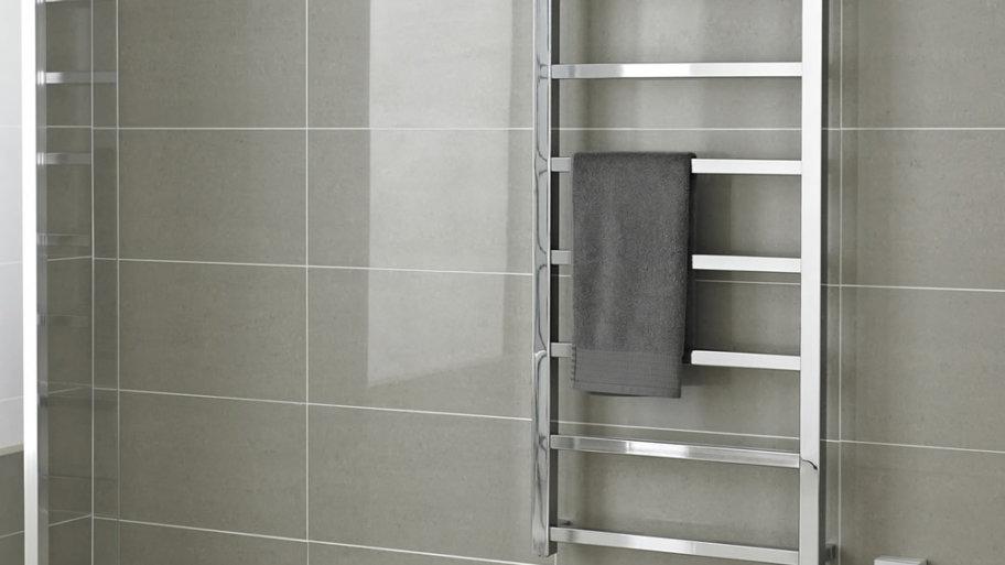 Comment choisir une sèche serviette pour la salle de bains ? Tous nos conseils d'expert