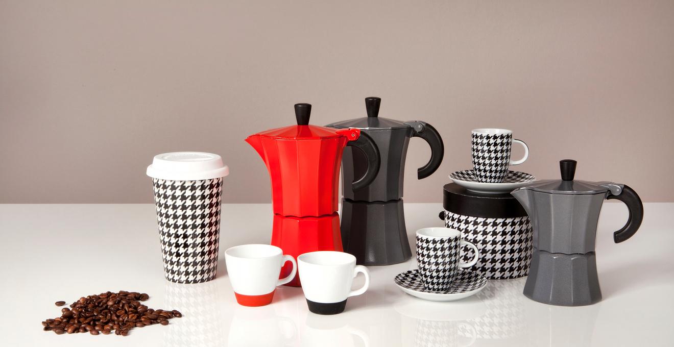 comment nettoyer une cafeti re italienne toutes nos. Black Bedroom Furniture Sets. Home Design Ideas