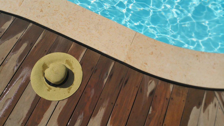 Guide complet d'idées pour décorer au mieux sa piscine pour l'été