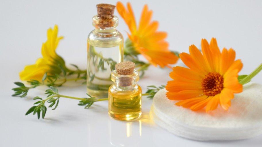 Quelles huiles essentielles pour se sentir bien chez soi ?