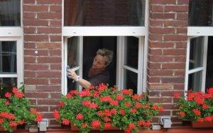 Quelques gestes quotidiens pour Nettoyer sa Maison sans mal