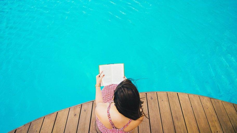 Guide pratique et complet afin de trouver le meilleur piscine en bois