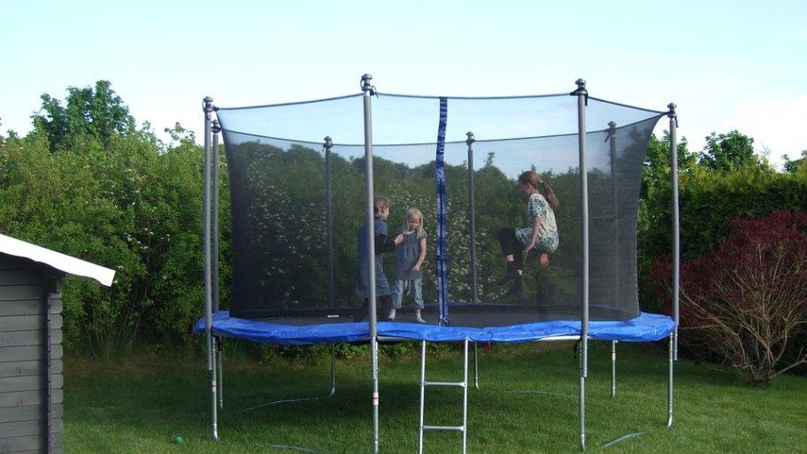 Voici notre guide d'achat pour avoir le meilleur trampoline sur le marché