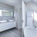 Comment agencer une petite salle de bain ?