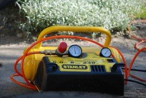 La capacité d'air du compresseur est mesuré en litre
