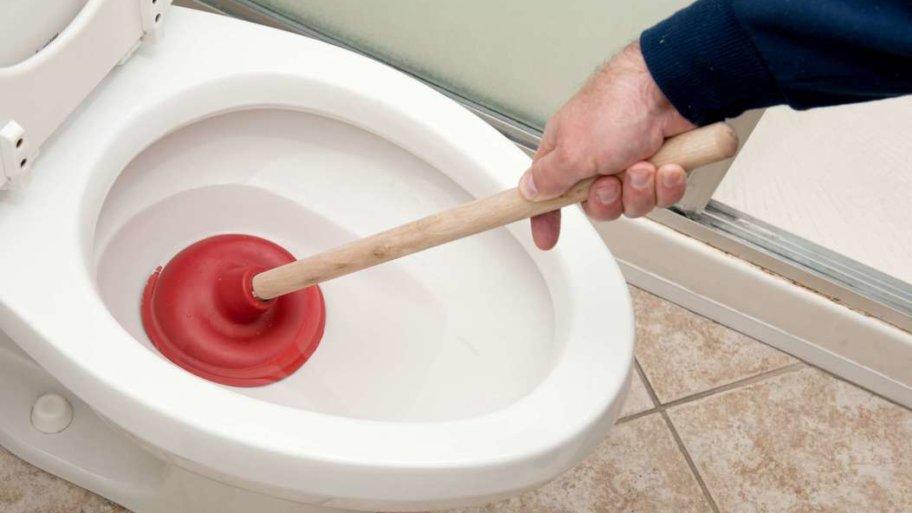 Les raisons principales d'un WC bouché