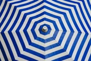 Pour avoir le meilleur parasol déporté, il est important de prendre en quelques critères de sélection.