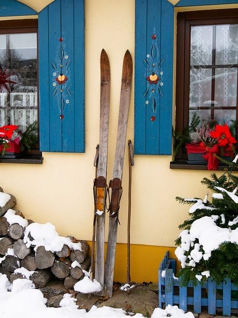 Déposer un sachet anti-humidité avant de Stocker ses Affaires de Ski dans leur rangement