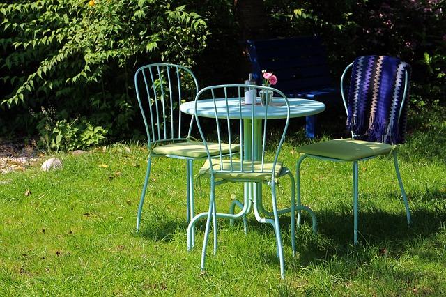 La menuiserie aluminium pour embellir le jardin