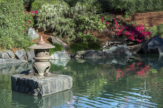 Créez un jardin zen avec un mariage harmonieux du végétal et du minéral