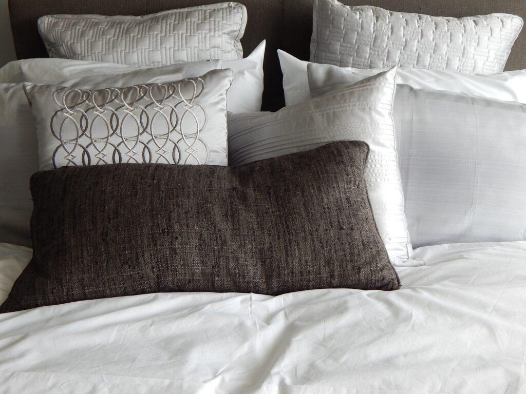 Coussin pour lit