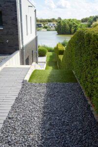bordure en acier pente jardin