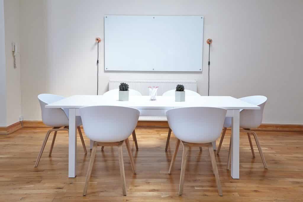 table pour décoration scandinave